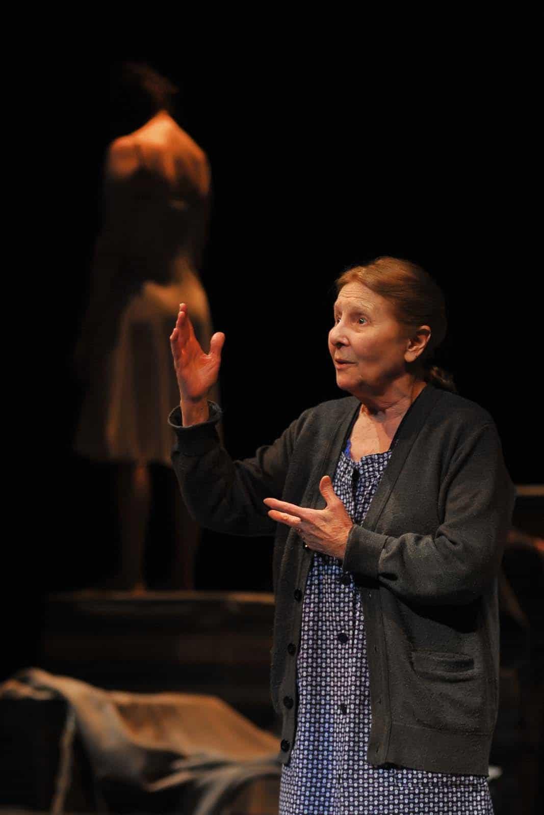 Giulia Lazzarini in Emilia regia Claudio Tolcachir