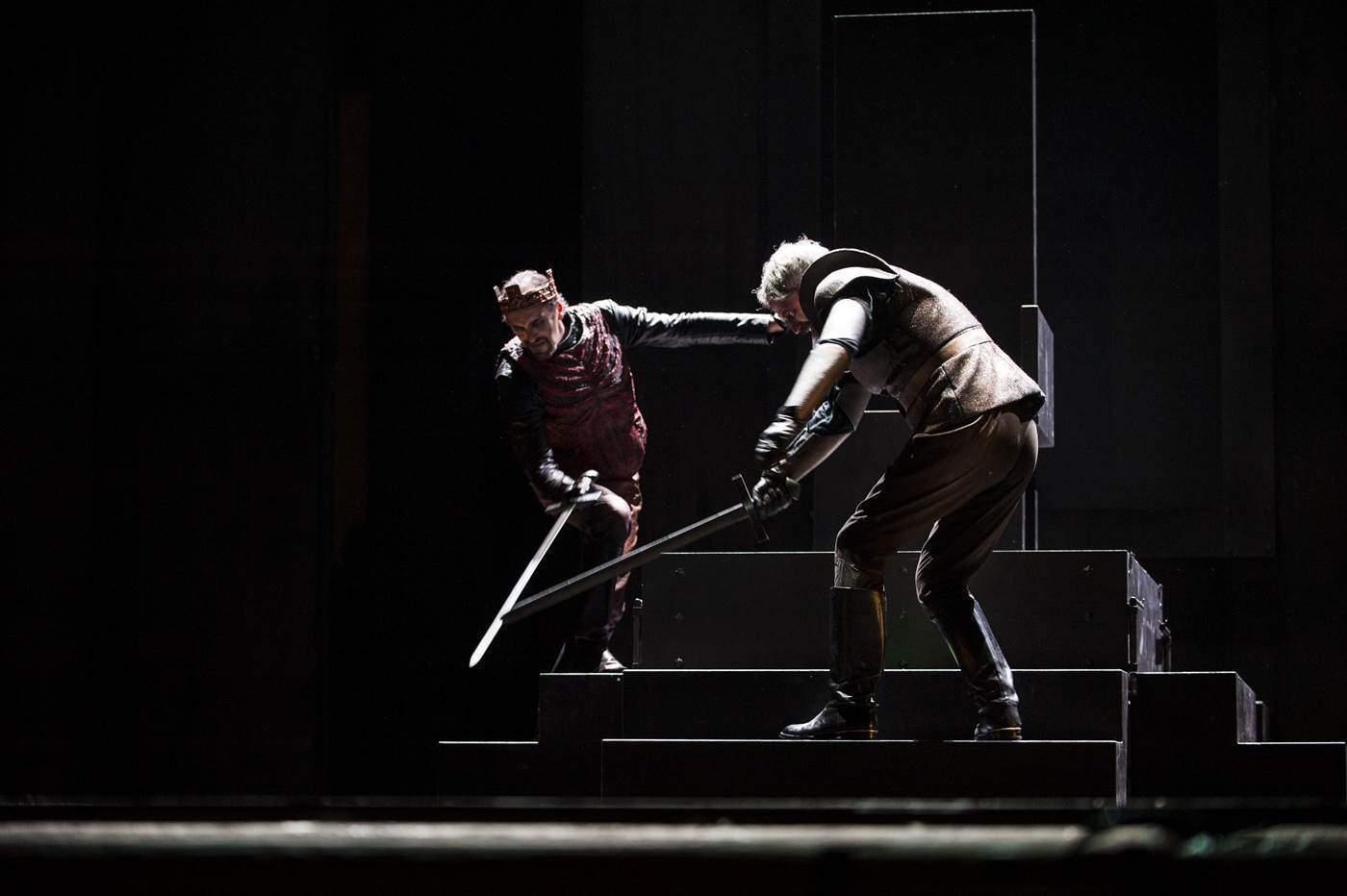 Luca Lazzareschi e Claudio Di Palma in Macbeth foto Fabio Donato