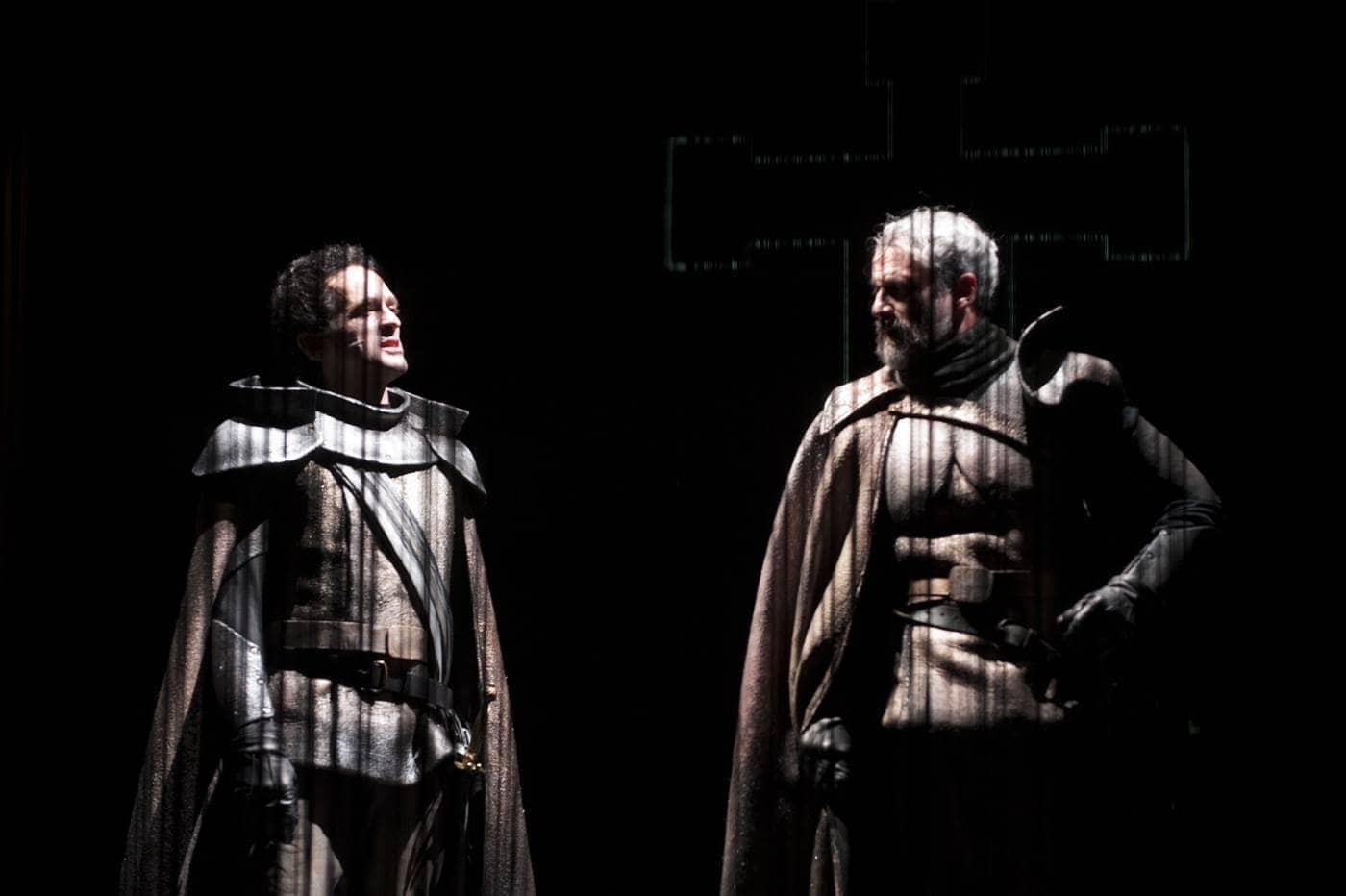 da sinistra Giacinto Palmarini e Claudio Di Palma in Macbeth foto fabio donato