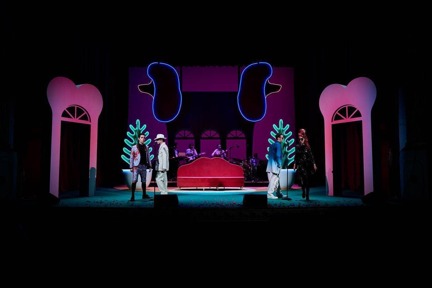Madame Pink regia Alfredo Arias foto Giovanni Ambrosio