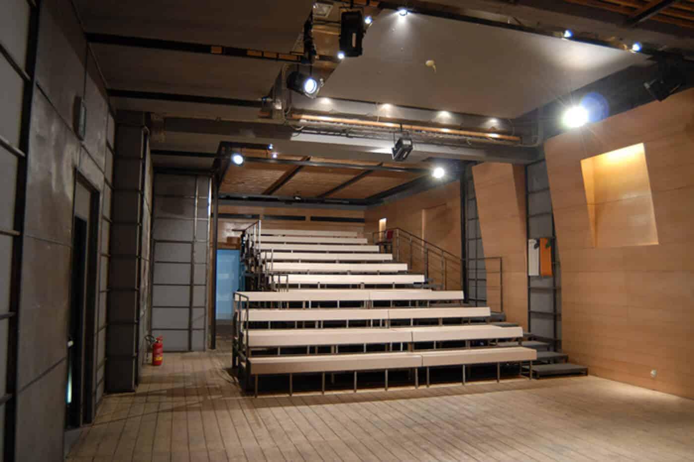 Teatro Stabile Napoli - Ridotto-11