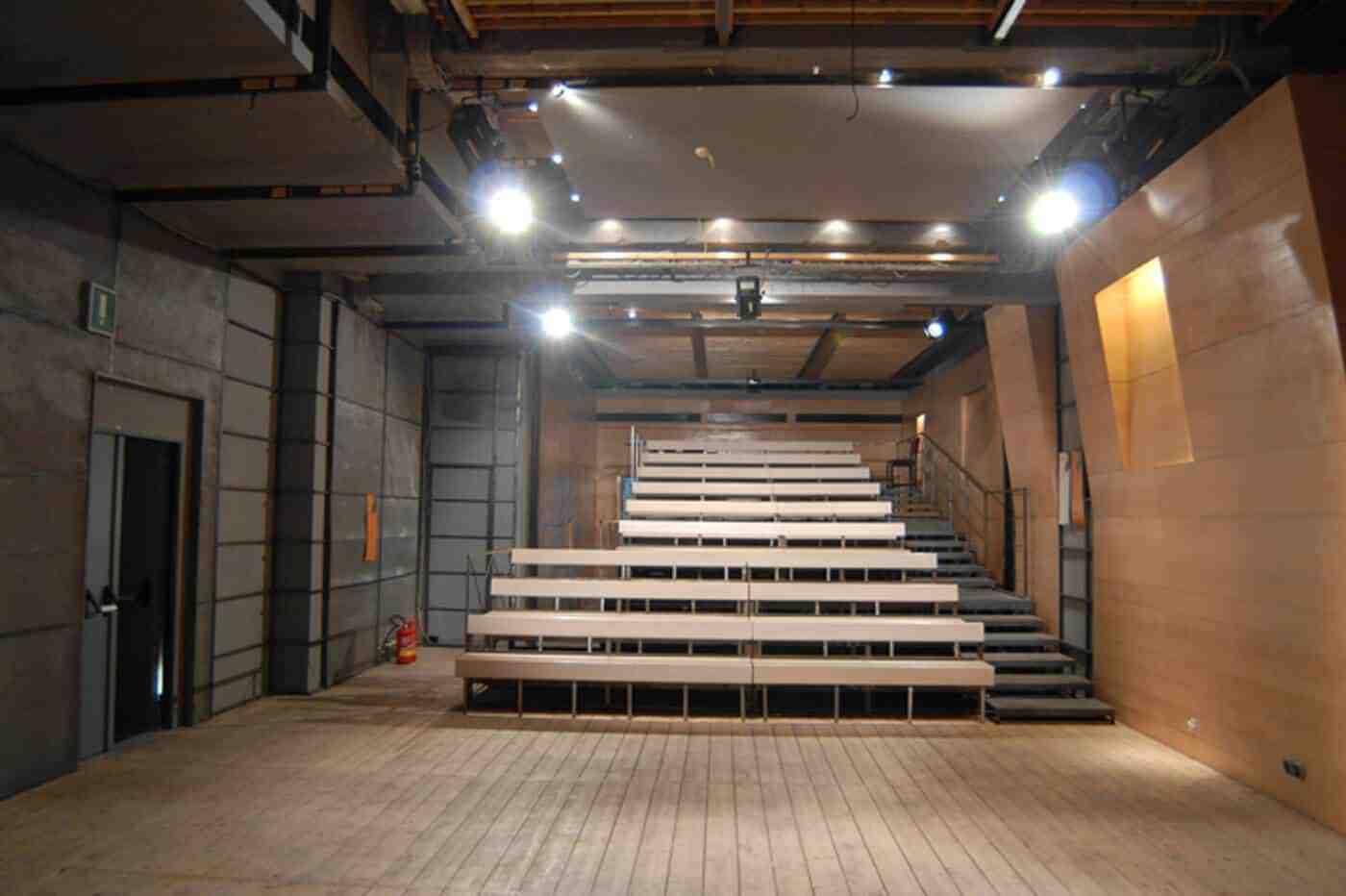 Teatro Stabile Napoli - Ridotto-2