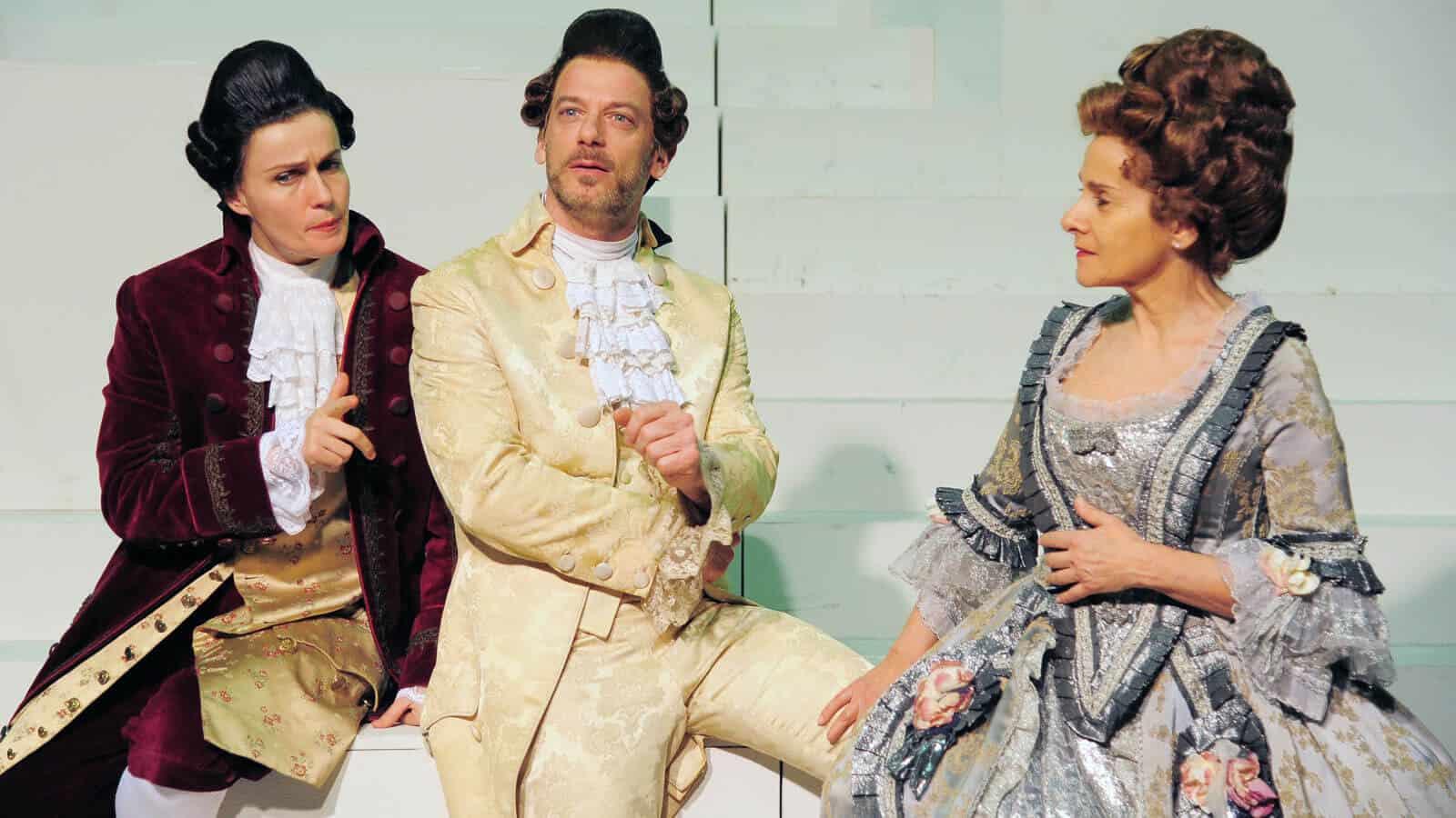 Candide regia di Fabrizio Arcuri da sinistra  Lucia Mascino, Filippo Nigro e Francesca Mazza